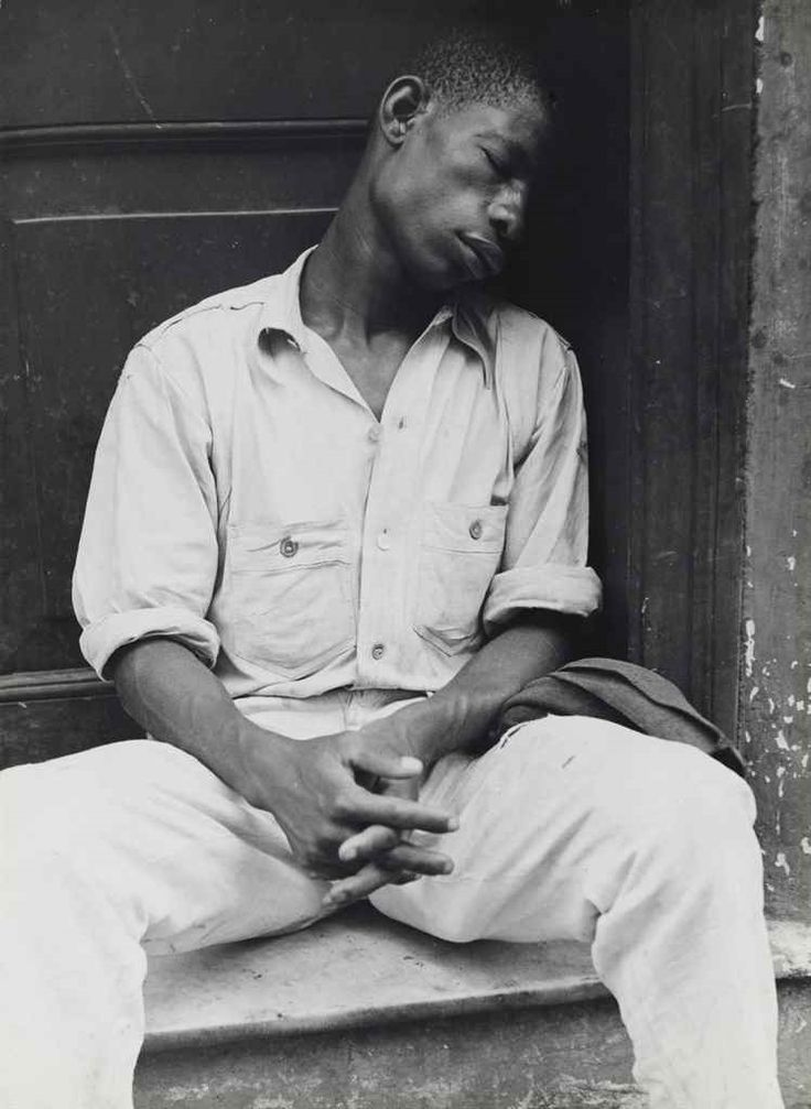 This was created by Walker Evans. I like this picture because the focal point really focuses on the man. Light colors on his shirt stand out on the darker background.
