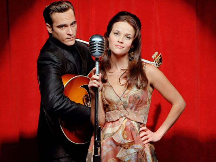 Joaquin Phoenix as Johnny Cash and Reese Witherspoon as June Carter