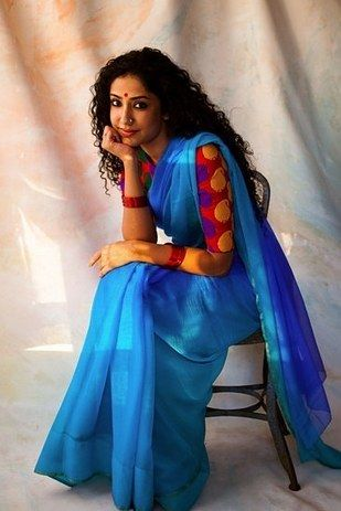 Shagun Seda Sengupta, 34, creative director | 9 Women Photographed In Their Most Meaningful Inherited Saris