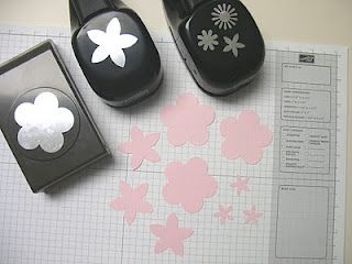 flower using SU punches: Flowers Punch, Paper Punch, Paper Flowers, Beautiful Flowers, Punch Art, Creative Stamps, Stamps Ideas, Flowers Tutuori, Flowers Tutorials