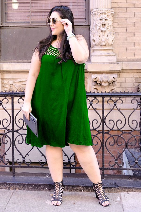 Get styled by Dia&Co, a plus size styling company! They send you 5 amazing pieces right to your door.