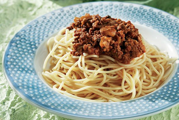 Traditional Greek Spaghetti Bolognese