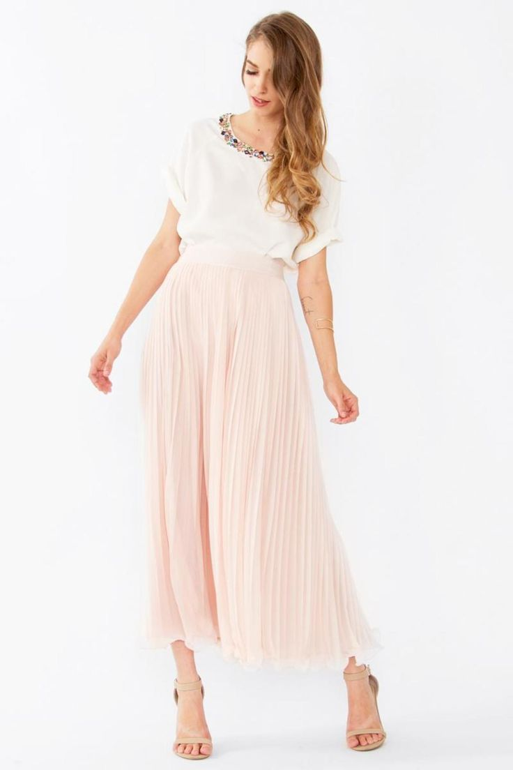 73 best images about blush pleated skirt on Pinterest | Curves ...