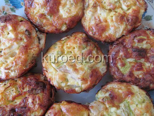 Капустные котлеты с кабачками и сыром, запеченные в духовке