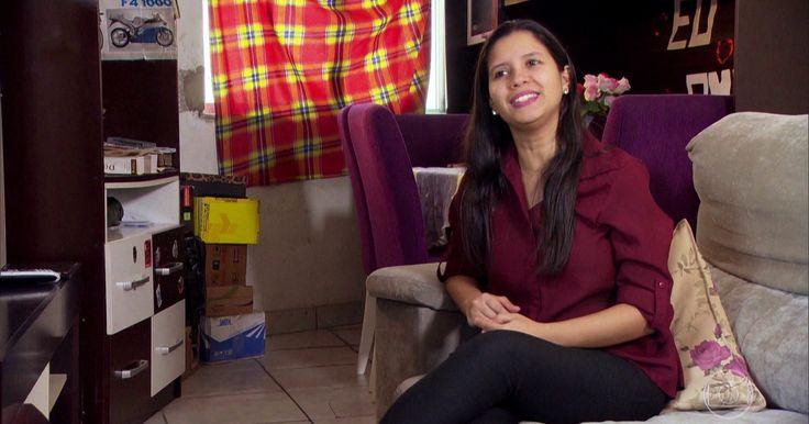 Menina de 16 anos abriu as portas do futuro para 500 pessoas no RJ Tudo começou dentro de casa, no bairro pobre da Chatuba. A menina arrastou os móveis e criou escola, creche e academia de dança.
