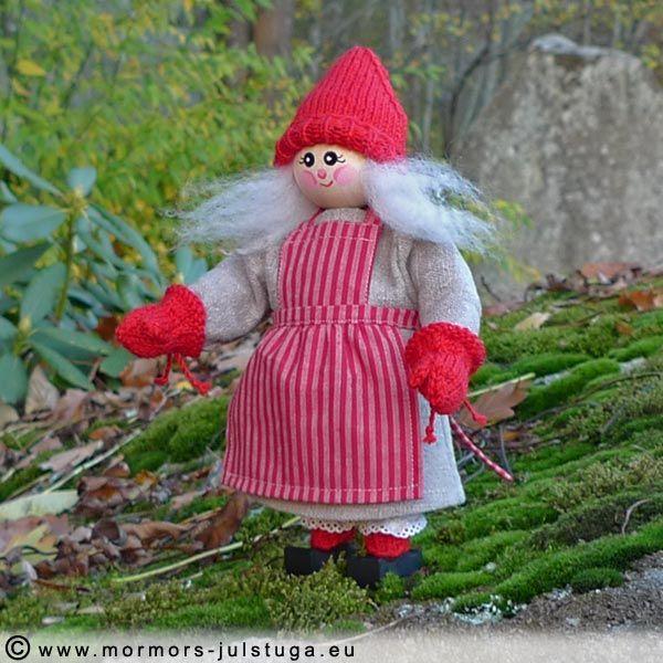 Tomtegubbarnas första gumma. My first gnome lady . Swedish handicraft.