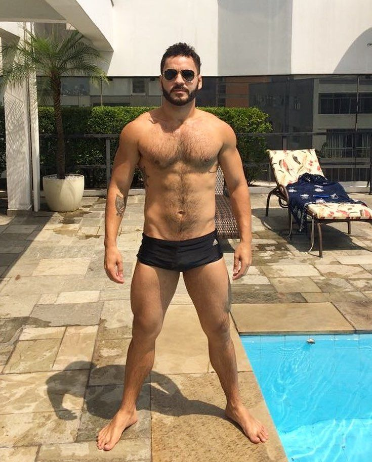cf705e7e6601e Deu 🌞😎 | Hot Men in 2019 | Men's swimsuits, Hot guys, Guys