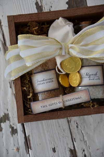Best 25+ Christmas gift sets ideas on Pinterest | Holiday gift ...