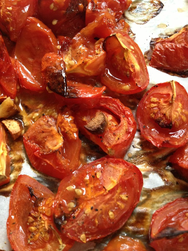 Roasted Tomato and Garlic Soup | Yummy!! | Pinterest