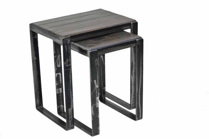 Tables gigognes en bois de grange #table #living #room #acier #steel #meuble #furniture #industriel #industrial #design #wood #bois