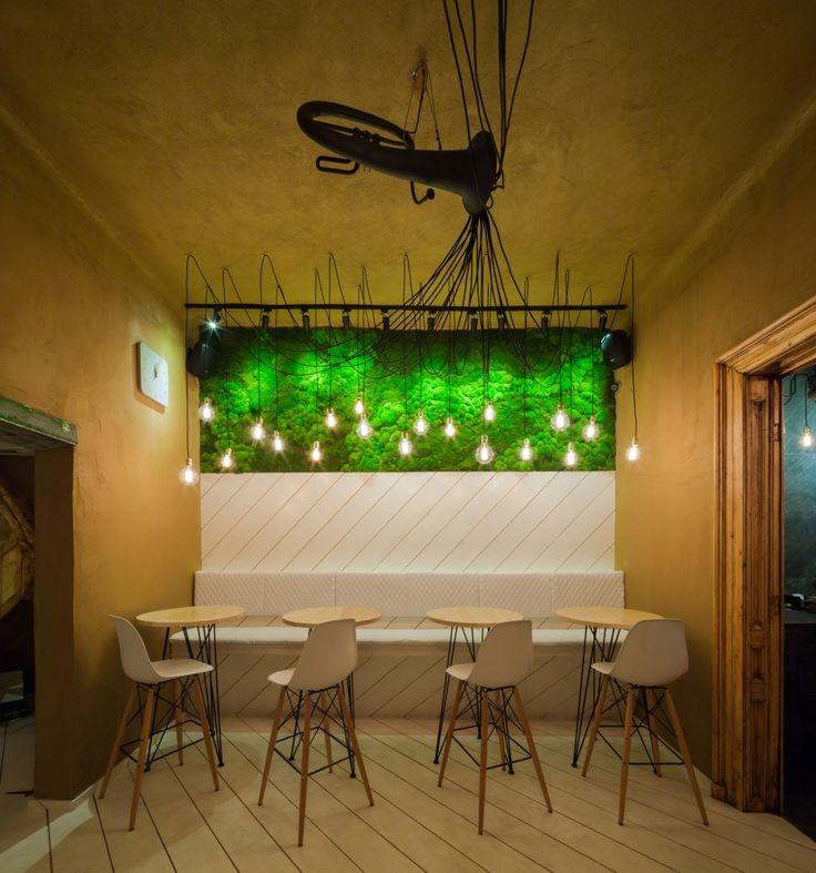 SHIFT Restaurant / Lama Arhitectura