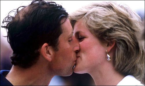 JUST ~ kiss the girl.: Charles And Diana, People Princesses, Diana Lov, The Kiss, Charles Diana, Diana Princesses, Di Princesses Diana, Diana Kiss, Princesses Diana Unpo