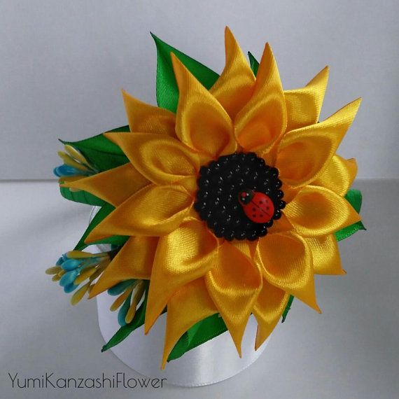 Sunflower On Headband Of Satin Ribbons In Kanzashi Technical Accessory For Hair With Sunflower Gif Ribbon Flowers Diy Christmas Crafts Diy Ribbon Crafts