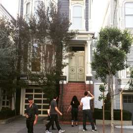 John Stamos visits 'Full House' home, fans don't notice him