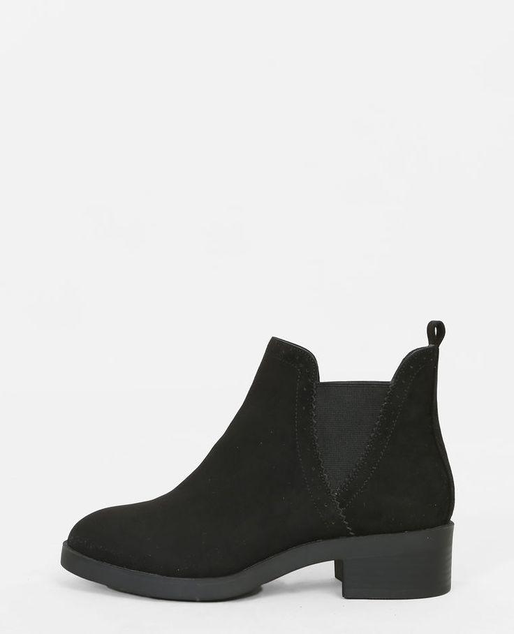 Rakim Hiking 5-eye Boots - Black Dr. Rakim Bottes De Randonnée 5 Oeil - Dr Noir. Martens Martens oyByVoG