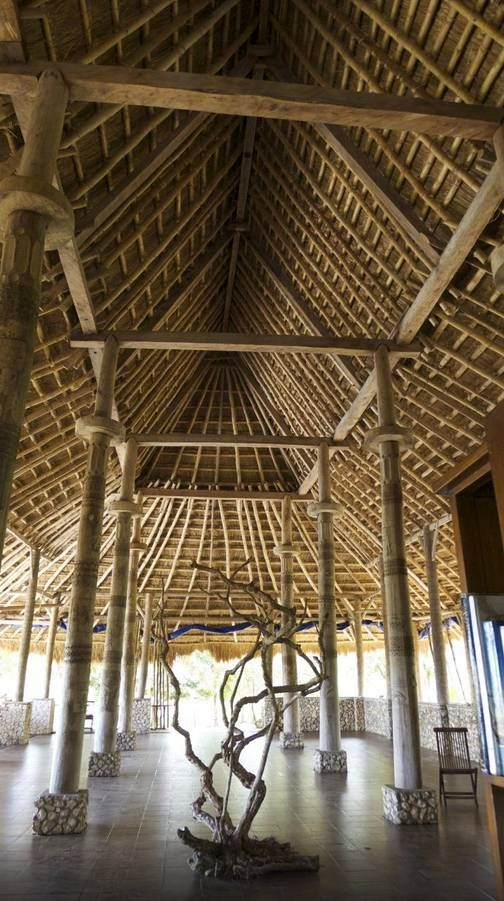 All cottages at Sumba Nautil Resort are built in accordance with traditional pratices using local materials, traditional artifacts, with air-conditioning and large windows. Available on Bedforest.com