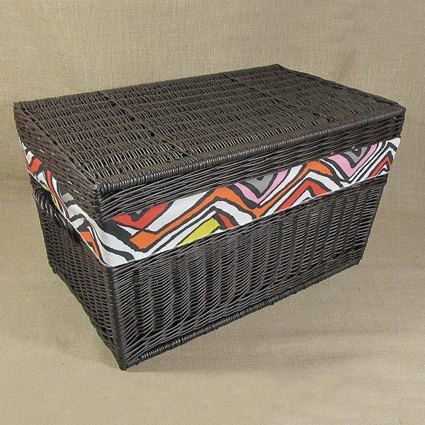 Wiklinowy kufer z płaskim wiekiem - wenge z obszyciem ( LYNDBY )