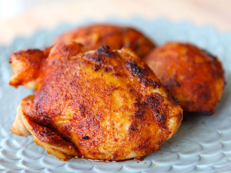 How to make delicious Smoked Paprika Chicken using boneless skinless chicken thighs or breasts. Easy recipe using 3-4 ingredients. Kosher, Meat.