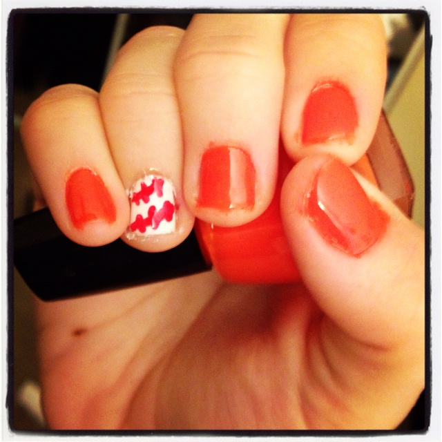 Giants baseball nails - want to do this for the game!Basebal Nails, Baseball Nails, Nails Ideas