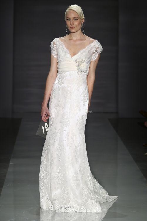 http://www.matrimonio.com/abiti-sposa/cymbeline/hidaka--v20124