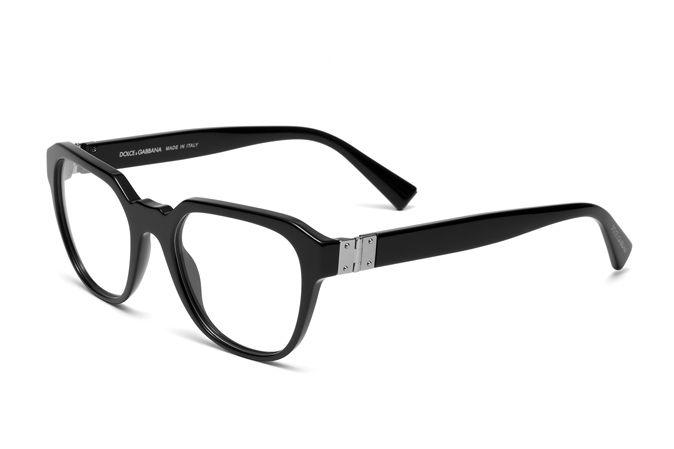Squared eyeglasses for men DG3277 distinguished by their special key bridge and metal hinge. Black acetate frame. Discover more on Dolce&Gabbana.