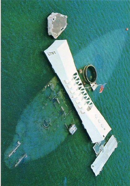 U.S.S. Arizona Memorial; Pearl Harbor, Hawaii www.flowcheck.es  Taller de equipos de buceo #buceo #scuba #dive