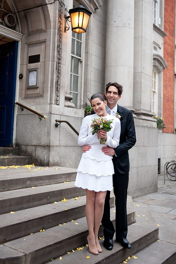 An intimate london elopement for a valentino bride 60s for Valentino short wedding dress