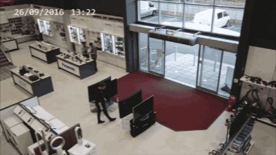 Share this Customer Epic Fail Animated GIF with everyone. Gif4Share is best source of Funny GIFs, Cats GIFs, Reactions GIFs to Share on social networks and chat.
