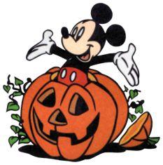 Halloween-Mickey-Pumpkin (62K)