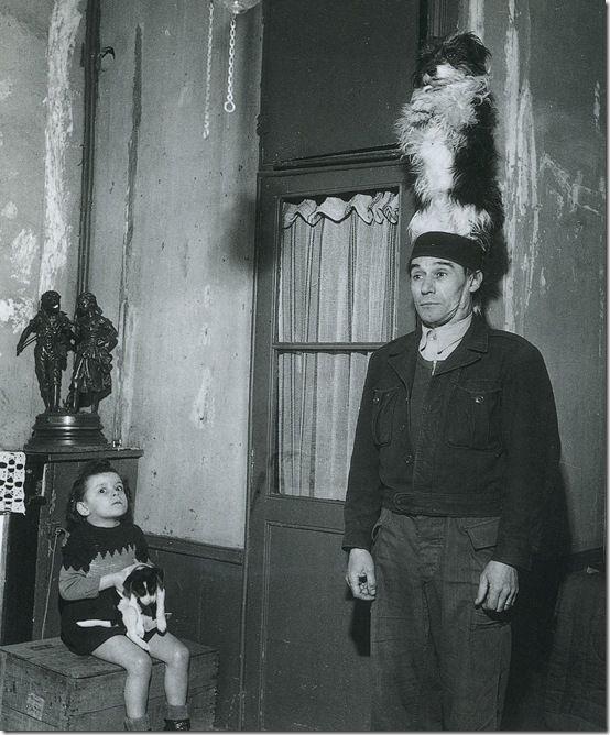 Donio, Dresseur de Chien, 1946 by Robert Doisneau