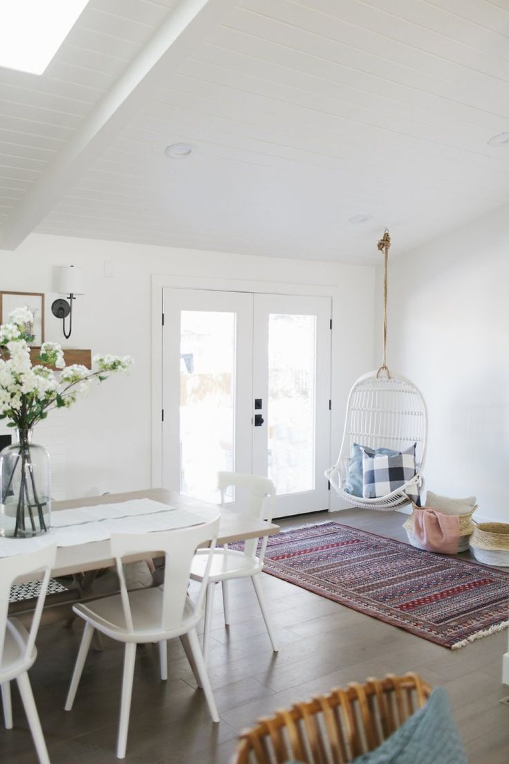 45 best What works with Oriental rugs? Like em or not this helps you ...