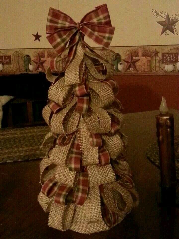 Simpke bulap decorated cone.