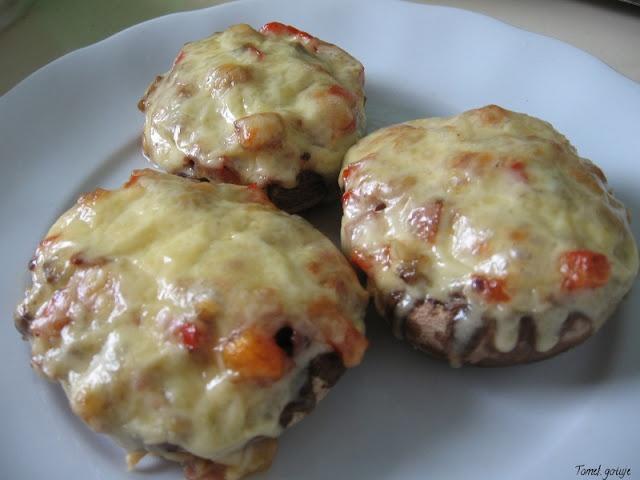 Tomek gotuje: Faszerowane pieczarki / Tom cooks: Stuffed mushrooms