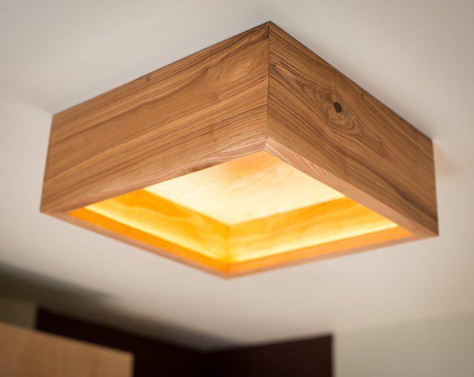 Wand Lampe Holz Dekor 41 Handgefertigt Eiche Holz Lampe Etsy Wooden Pendant Lighting Wood Lamps Wooden Lamp