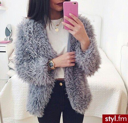 Imagen vía We Heart It https://weheartit.com/entry/155465581/via/33391913 #amazing #awesome #beautiful #Best #clothes #cute #girl #gold #heart #Hot #like #love #luxury #makeup #rich #stye #watch