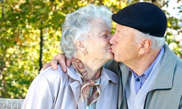 A tartós és jó #párkapcsolathoz több kell, mint a #szerelem. Az esetenkénti párkapcsolati problémák és veszekedések, valamint az abból fakadó kapcsolati válságok normálisak, és a kapcsolat mindennapjaihoz tartoznak