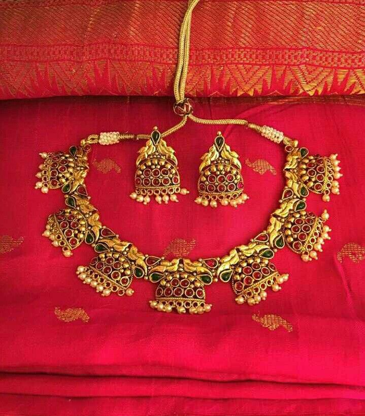 Best 25 Bollywood Jewelry Ideas On Pinterest: 25+ Best Ideas About Indian Gold Jewellery On Pinterest