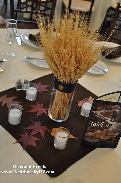17 best images about harvest moon decorations on pinterest for Wheat centerpieces