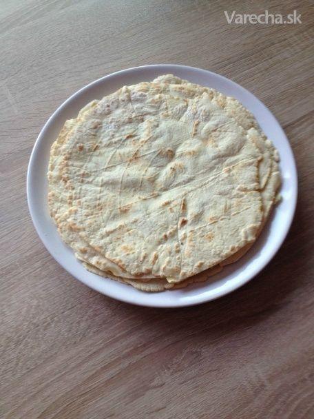 Keď sa rozhodnete urobiť na obed quesadillu a v Kauflande nemajú bezlepkové tortilly...Recept som našla na  internete,