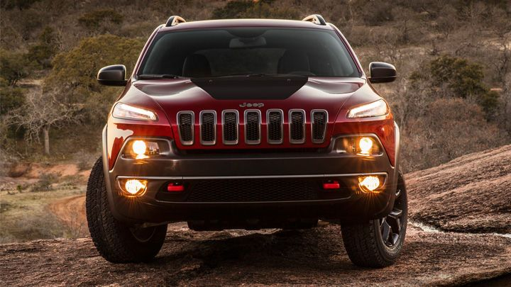 2014 Jeep Cherokee Trailhawk shown in Deep Cherry Red.