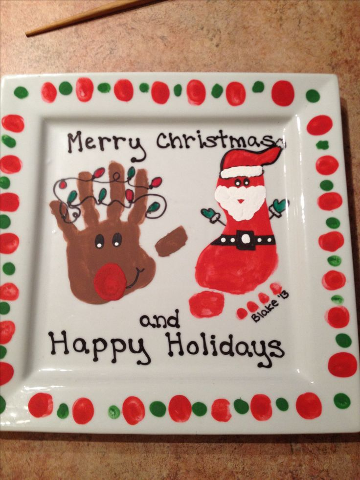 My Grandparent Gifts for this year - love the way they turned out!! Dollarama plates and acrylic paints with a Mod Podge layer to seal it ;)