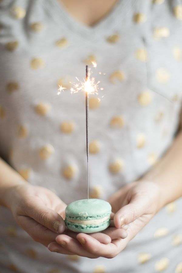 New Year's Eve Glitzy Sparkly BUT CHIC Party Inspiration   The Knotty Bride™ Wedding Blog + Wedding Vendor Guide