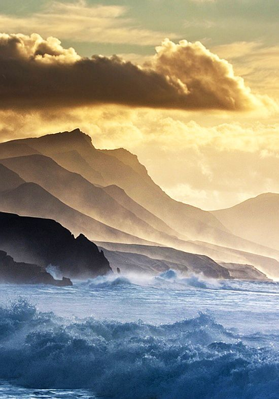 Fuerteventura, Canary Islands. Beautiful, these colors.  Love to paint something like this!