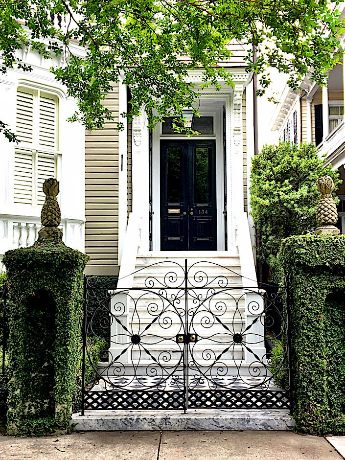 Historic Charleston gate pattern