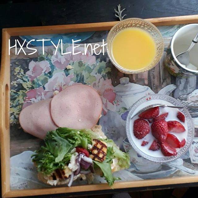 KESÄ&KOTI. Puutarha, parveke HYVÄÄ HUOMENTA. ELÄMÄNTAPA ja Tyyli, Terveellistä&Herkullista Aamupalaa ulkona.Tykkää&NAUTIN. Sinä? SUOSITTELEN Lämpimästi....HYMY #elämäntapa #blogi #koti #ruoka #aamupala #herkullista #terveellistä #puutarha #parveke #nautin #tarjotin #kattaus ❤⏰☺