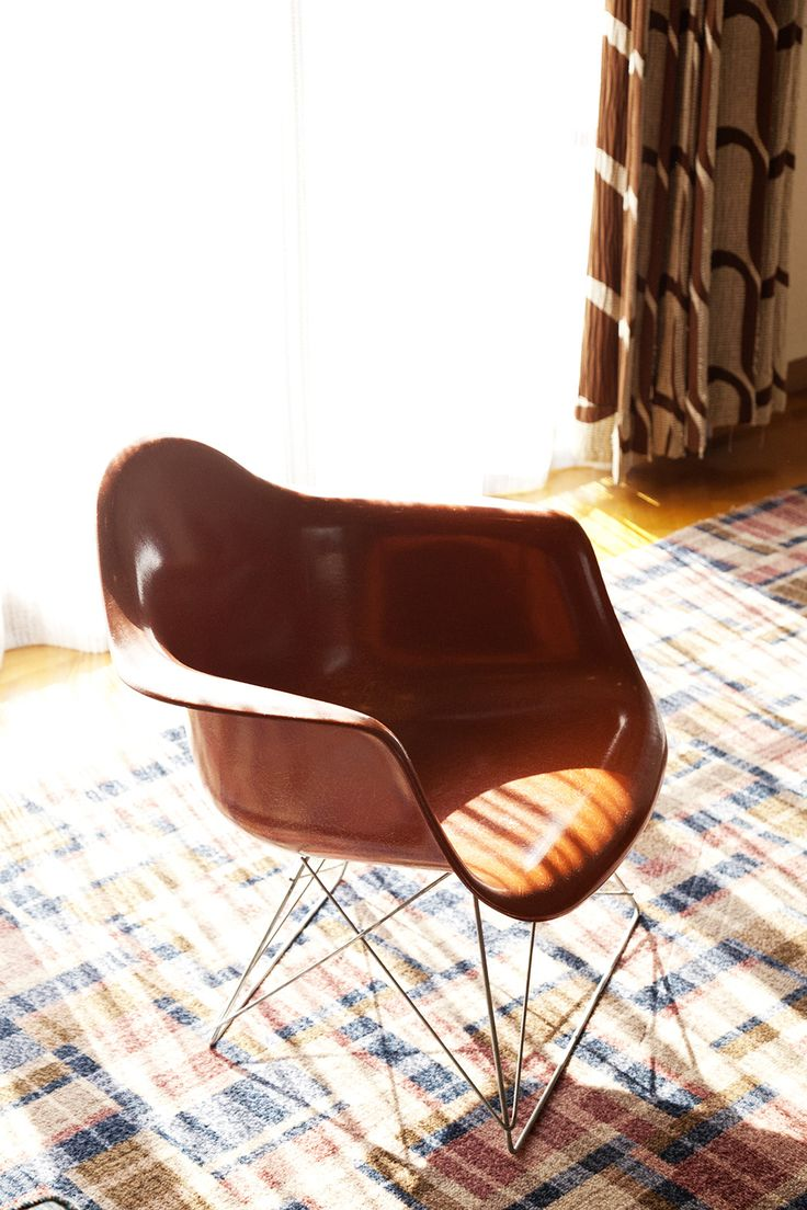 LAR 1 By Charles U0026 Ray Eames 1953