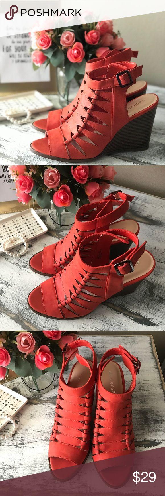 "Dollhouse Caged burnt orange wedges sz 12M Minor wear on bottom of wedges  4.5"" wedge 3.5"" Width Adjustable Dollhouse Shoes Wedges"