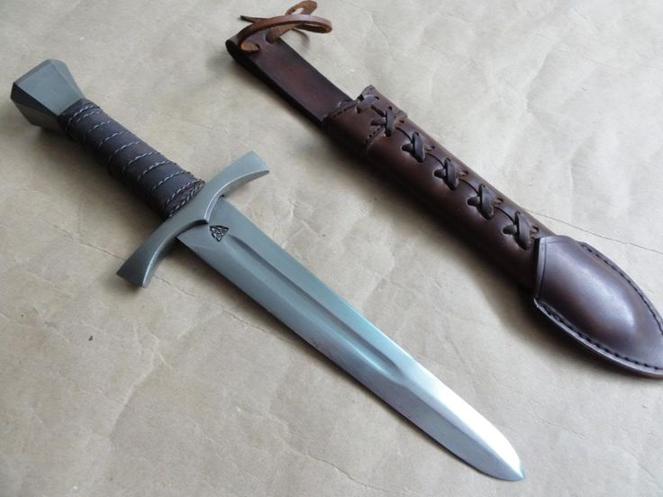 For Sale: GDFB Medieval Dagger W/ Scabbard