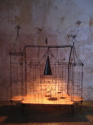 38 best ideas about lampes on pinterest wire sculptures vox populi and atelier. Black Bedroom Furniture Sets. Home Design Ideas