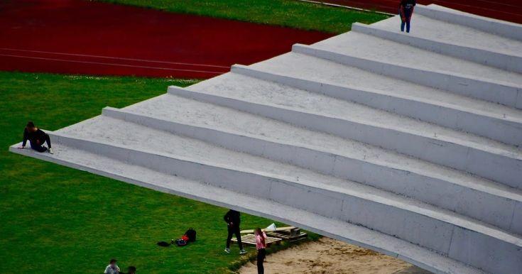 Denuncia vecinal | Peligro en la nueva tribuna de la ciudad deportiva de San Vicente